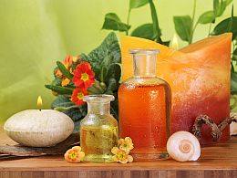 How does aromatherapy help?