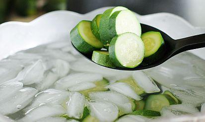 blanching-zucchini